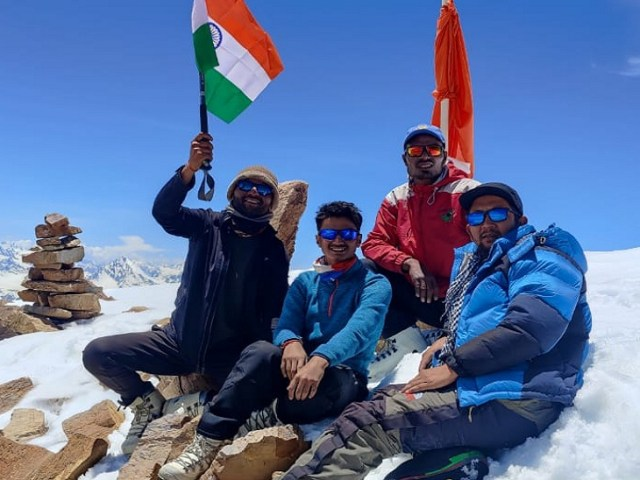 A group of climbers on Yunam Peak.
