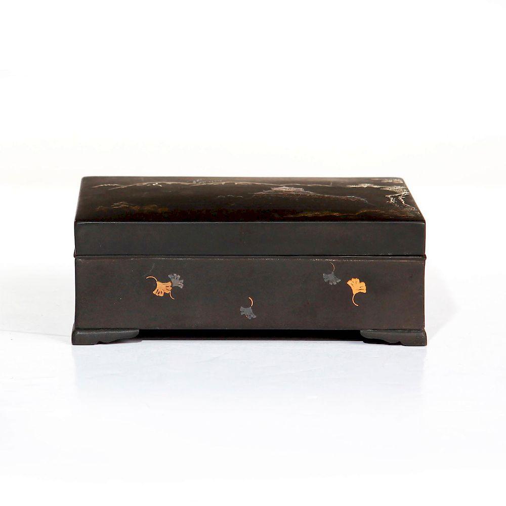 JAPANESE MEIJI PERIOD KOMAI BOX
