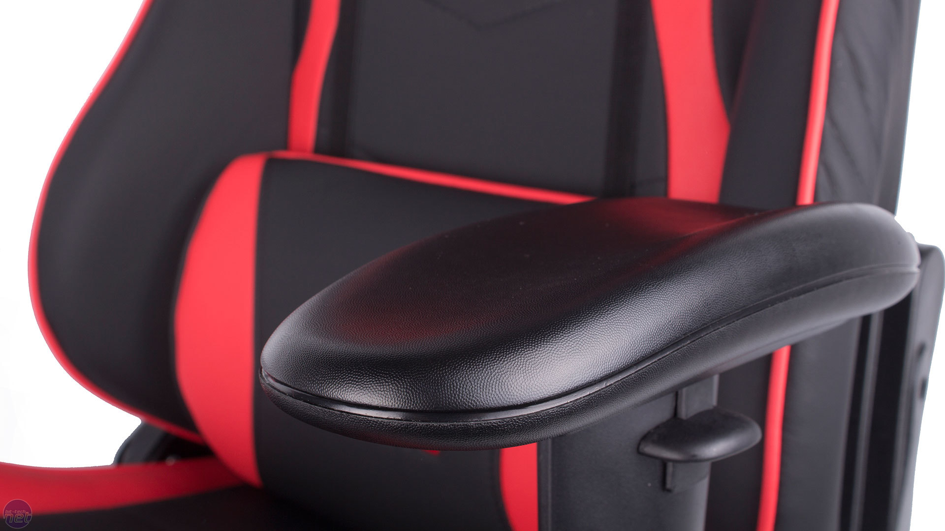 best chair for pc gaming 2016 cheap rolling chairs roundup bit tech