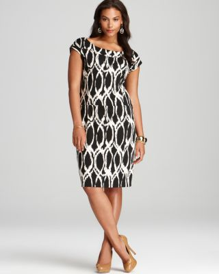 563e722cc6025 √ Melissa Masse Plus Short Sleeve Sheath Dress