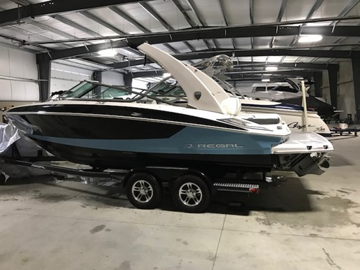Regal 2300 2018 New Boat for Sale in Chatham Ontario