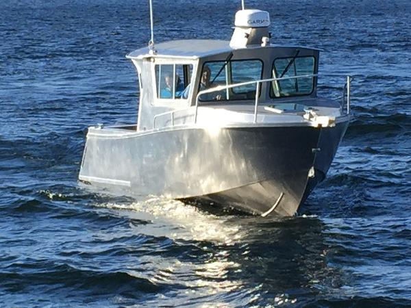 Sea Sport Explorer 2400 Used Boat Review