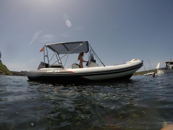 semi rigides bateaux en vente