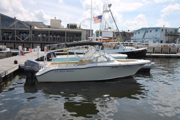 West 2020 Boat 2006 Dual Console Key