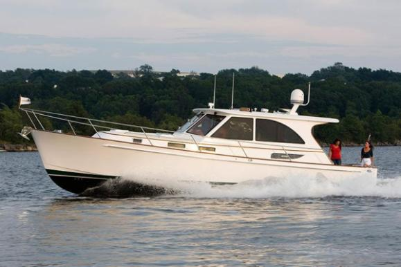 Legacy New Boat Models Springline Yacht Sales