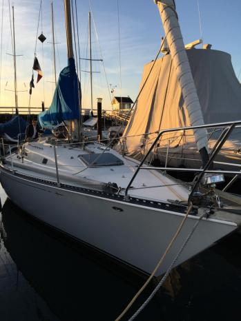 1981 CampC 40 MK2 Vancouver Canada Fraser Yacht Sales