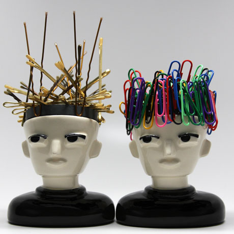 SALON ACCESSORY Mr Magnet Hold Your Bobby Pins And More