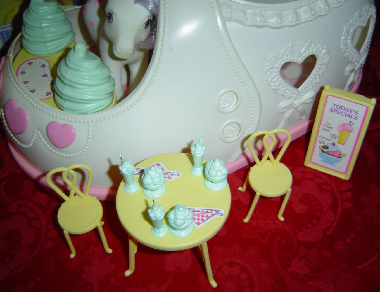my little pony table and chairs fancy chair covers g1 satin slipper sweet shoppe with scoops