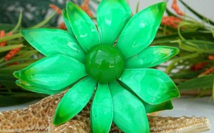 d77afe3e9 Vintage Flower Pin Brooch Enamel On Metal | Gardening: Flower and ...
