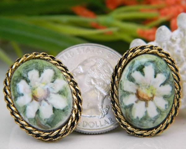 Vintage Hand Painted Porcelain Brooch Pendant Earrings