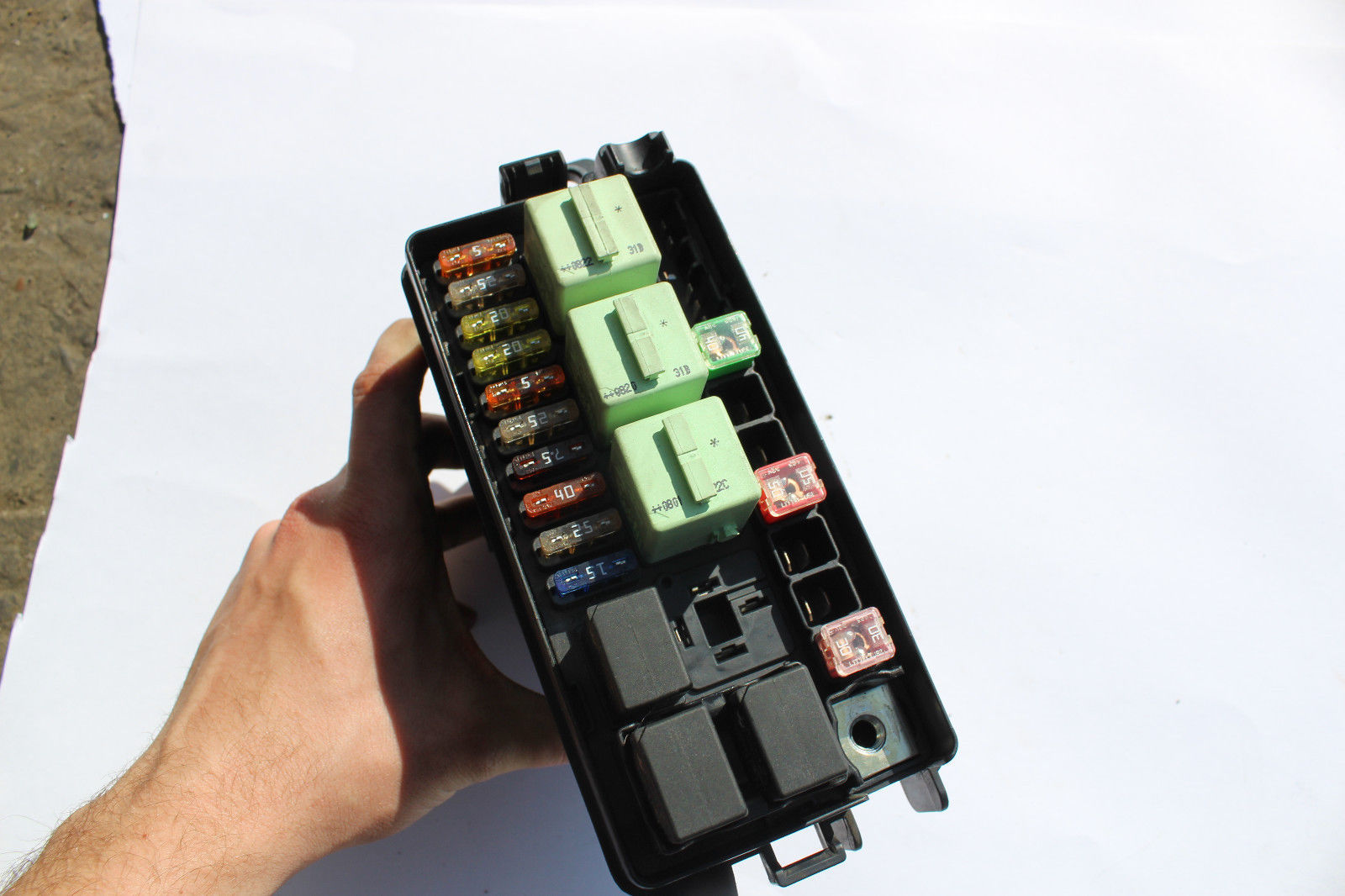hight resolution of  mini cooper engine bay fuse box and 50 similar items s l1600