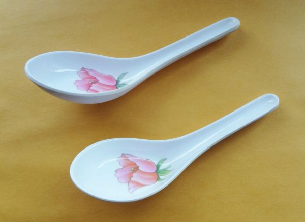 Collector Souvenir Spoon Rest Pair of Pink Tulip Plastic