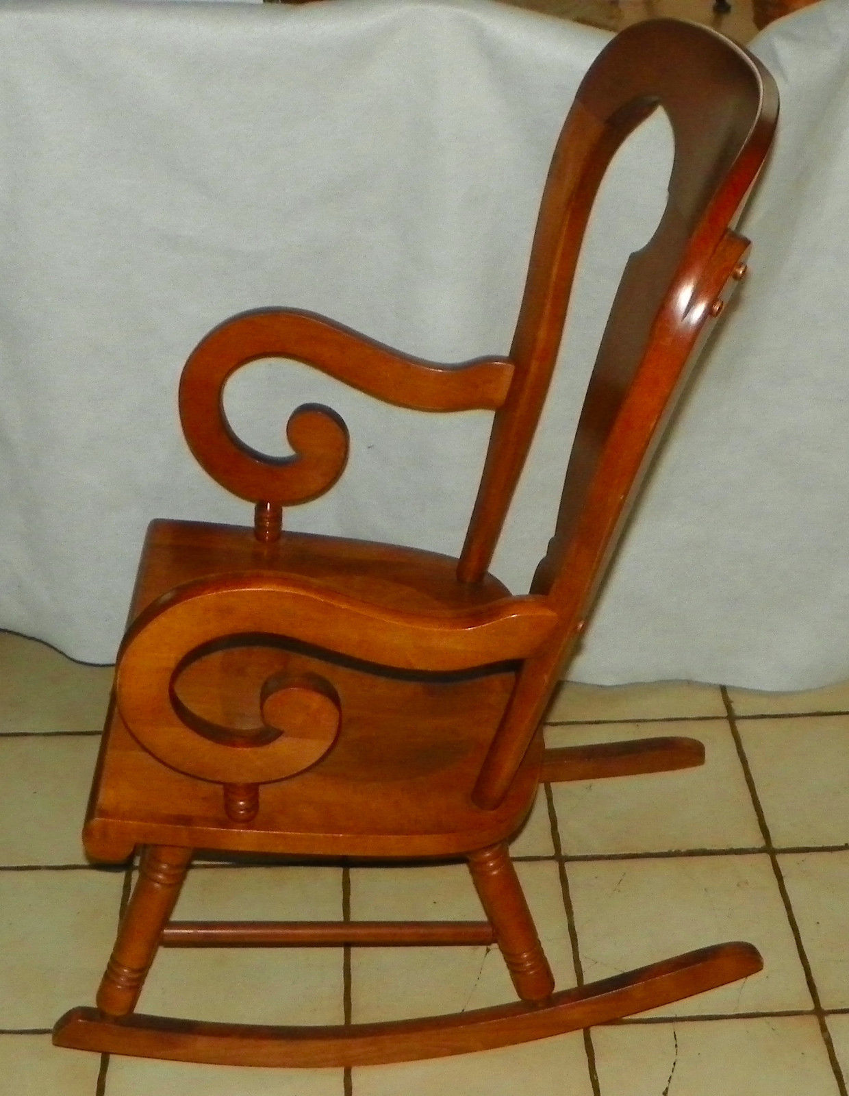 maple rocking chair best leather zero gravity chairs tell city farmhouse rocker post 1950