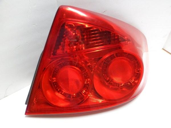 2005 2006 Infiniti G35 Sedan Passenger Side Tail Light