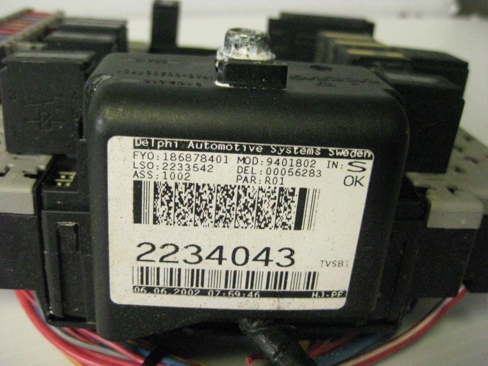 medium resolution of volvo s80 2002 trunk fuse box relay ecm box panel oem 2234043