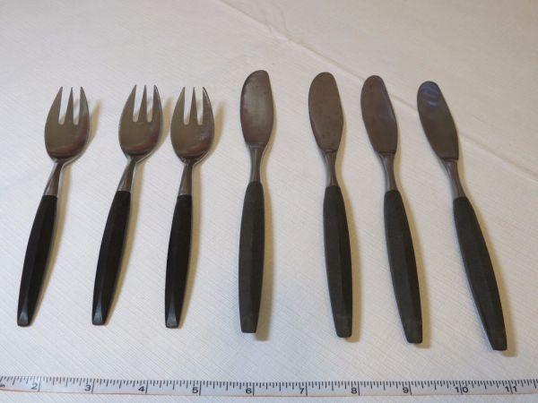 Viking Forged Stainless Japan Vintage Knives Forks Set