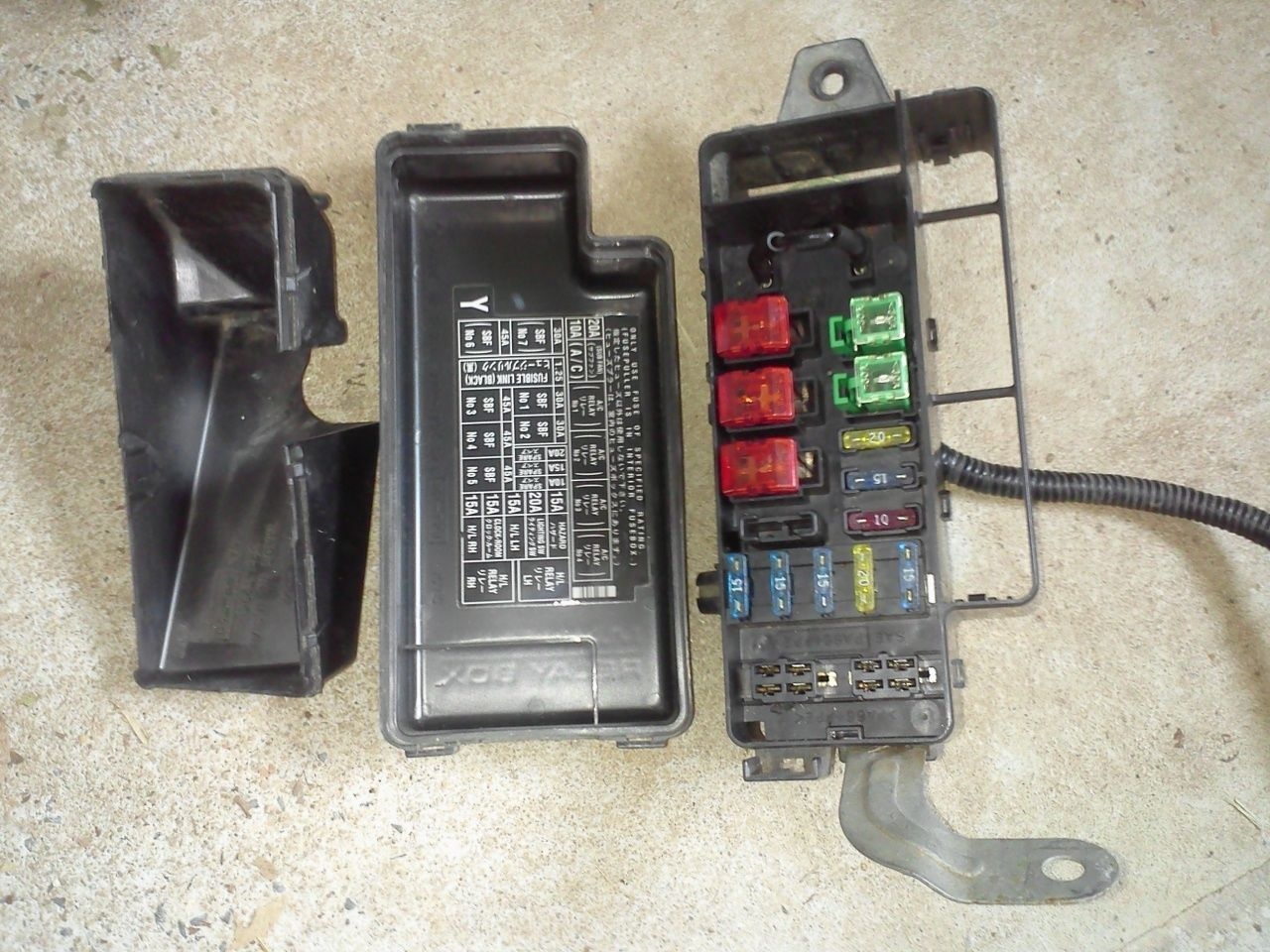 hight resolution of subaru legacy 95 99 fuse box with covers and 16 similar items 1999 subaru outback