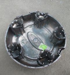 one 2002 to 2005 ford explorer alloy wheel chrome center cap hubcap  [ 1600 x 1200 Pixel ]