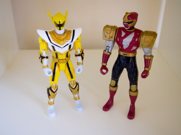 Power Rangers Mystic Force 2006 Yellow Red Bandai 5.5
