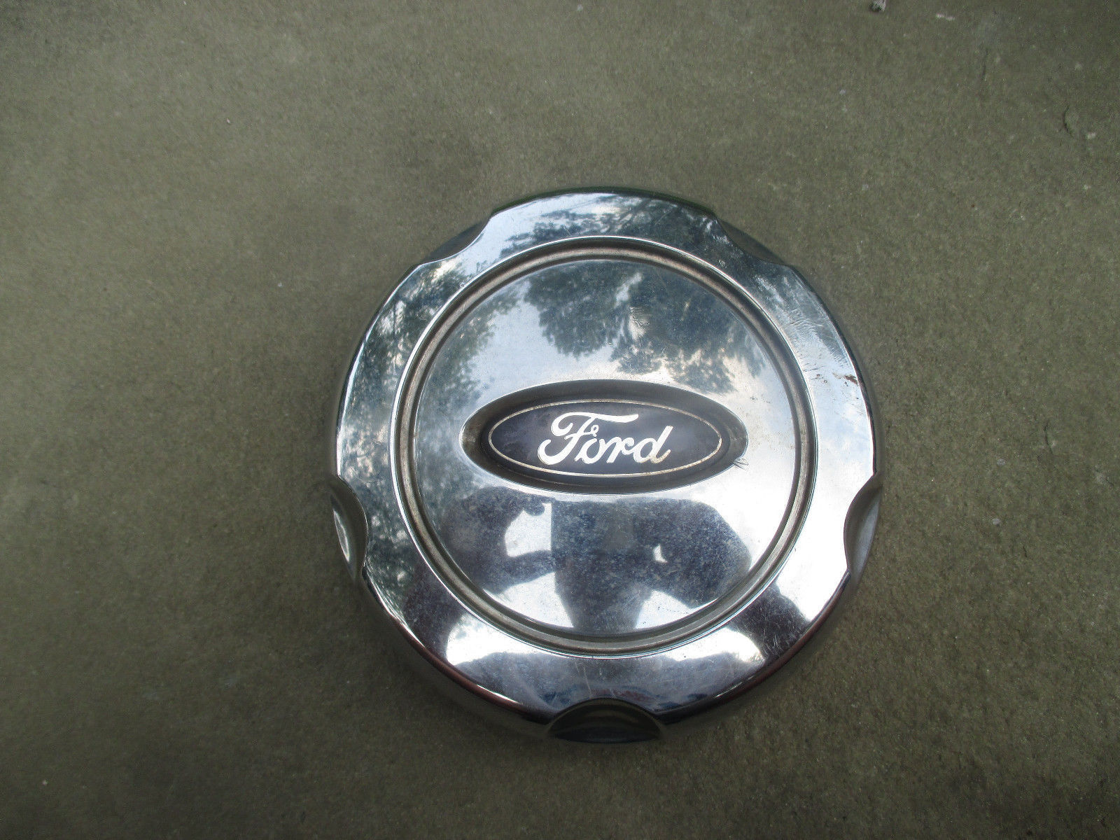 hight resolution of  one 2002 to 2005 ford explorer alloy wheel chrome center cap hubcap
