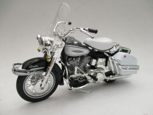 small resolution of  maisto 1 18 harley davidson 1966 flh electra glide motorcycle bike model