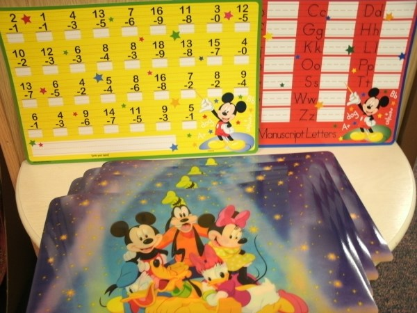 Disney Placemats Set Of 4 2 Bonus Write- Wipe