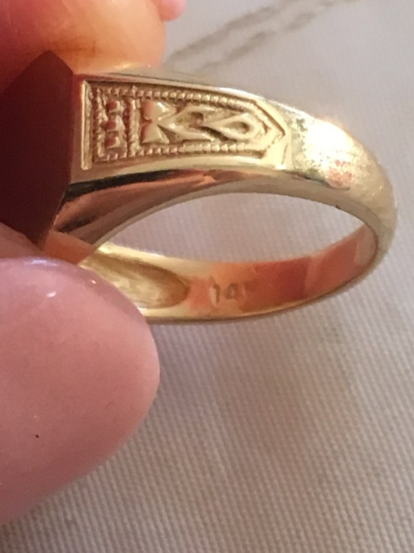 Solid 14k Gold Boy' Engravable Octagon Top Signet Ring Size 4 - Rings