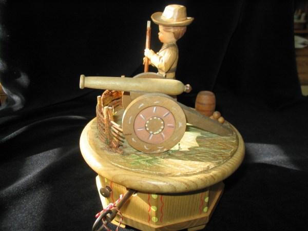 Anri Music Box Thorens Swiss Dixie Confederate Soldier Vtg