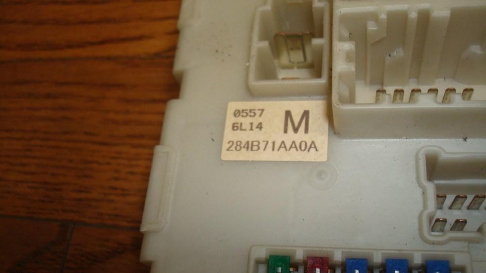 medium resolution of 2007 2012 nissan altima murano maxima oem bcm control fuse box 284b71aa0a