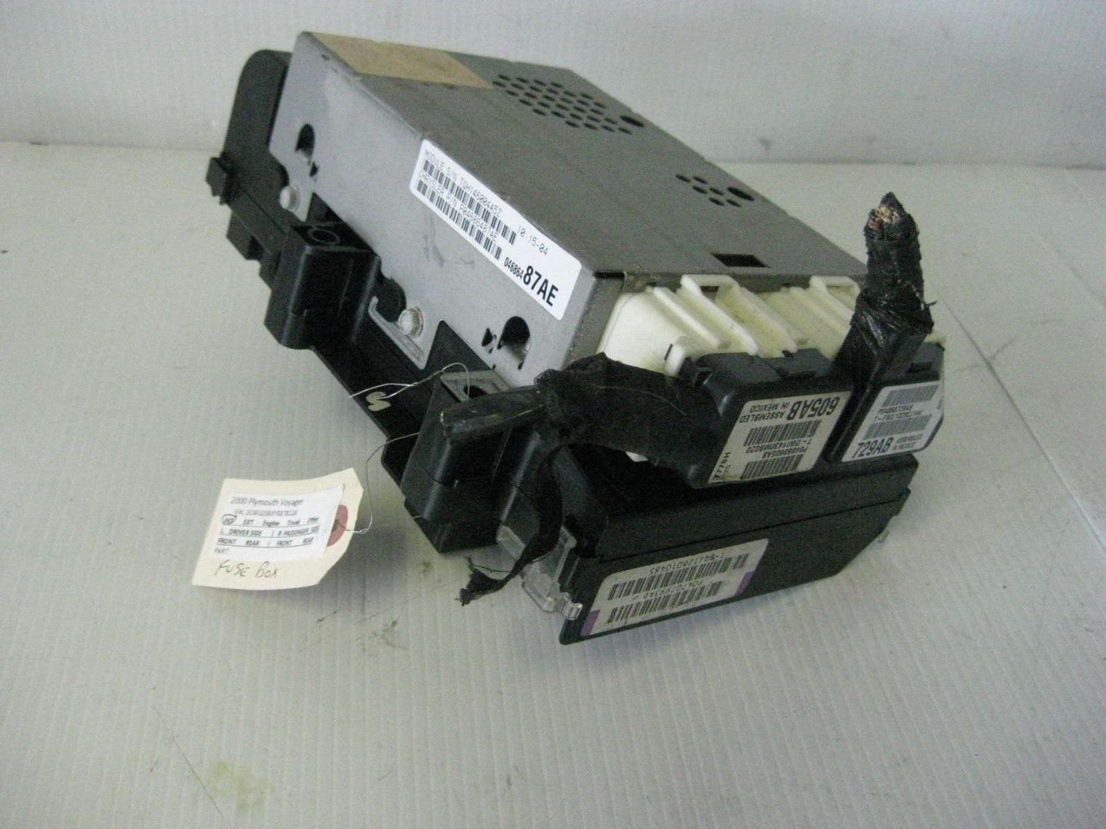 hight resolution of chrysler voyager 2000 engine fuse box w bcm and 35 similar items s l1600
