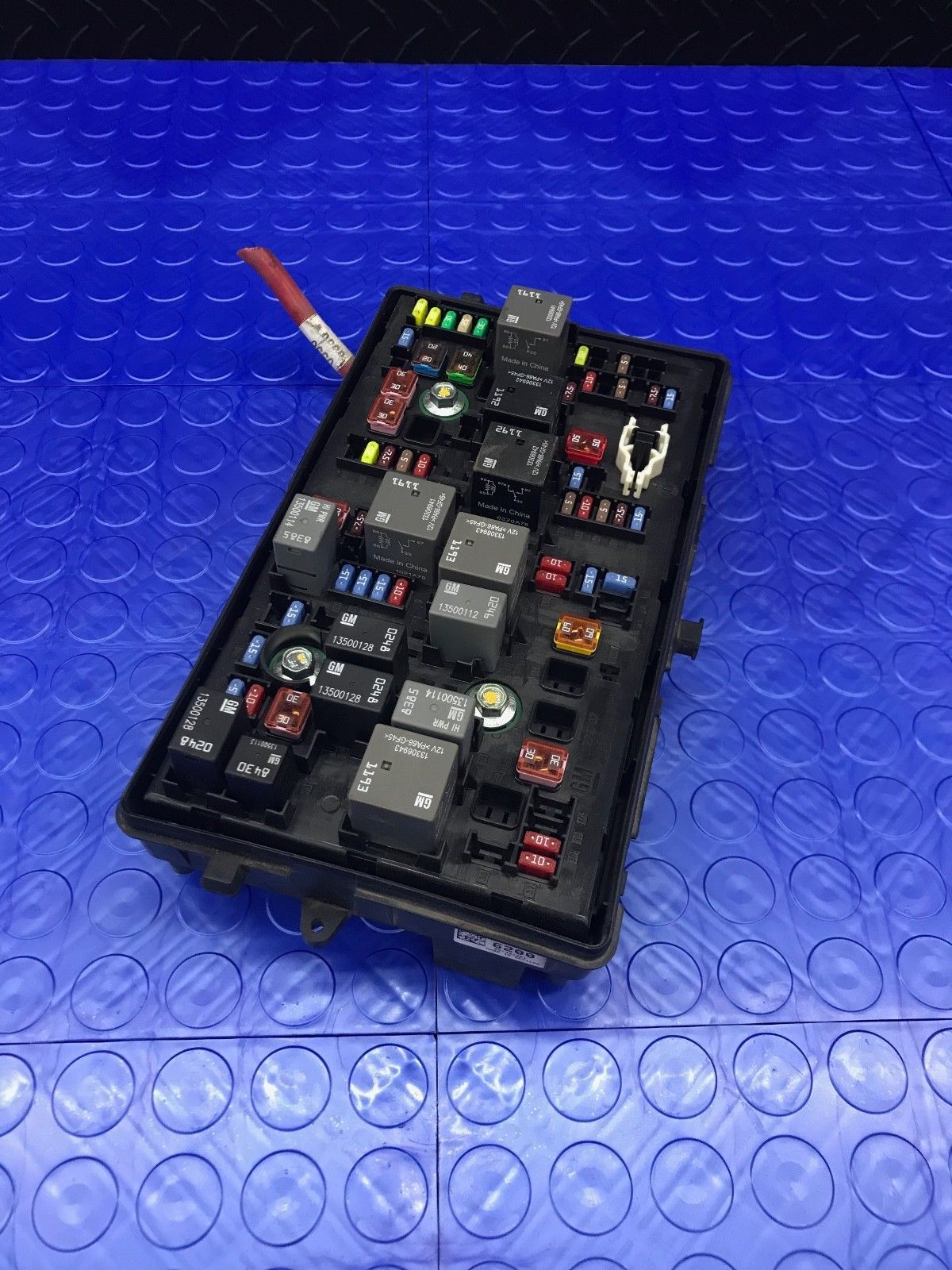 hight resolution of 57 57 previous oe gm chevrolet cruze wire wiring junction fuse block relay