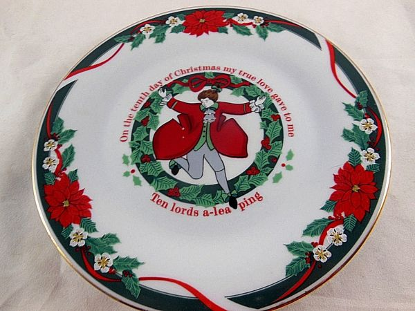 Tienshan Deck Halls Fine China 10th Day Of Christmas 7