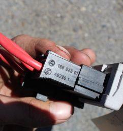 2000 2006 mercedes s class s500 s55 rear battery junction fuse box r2990 [ 1600 x 1066 Pixel ]