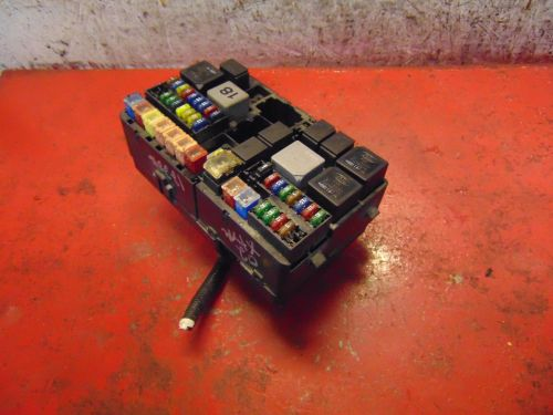 small resolution of 02 jaguar x type oem 3 0 v6 engine compartment bay fuse relay box panel