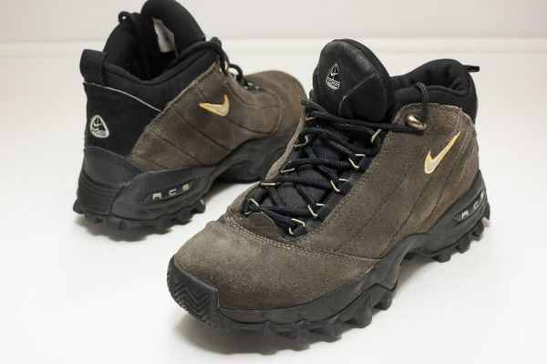 Nike Acg 9 Brown Women' Hiking Boots And 50 Similar Items