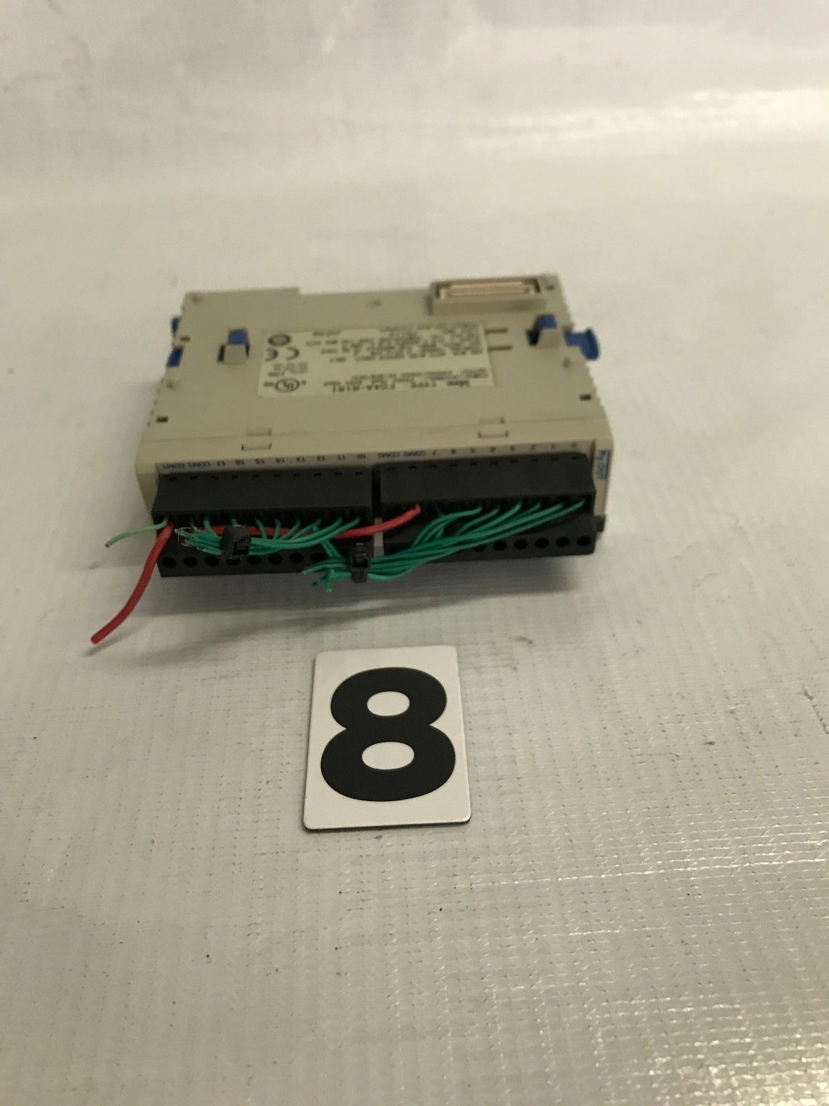 hight resolution of idec izumi fc4a r161 16 point relay output module