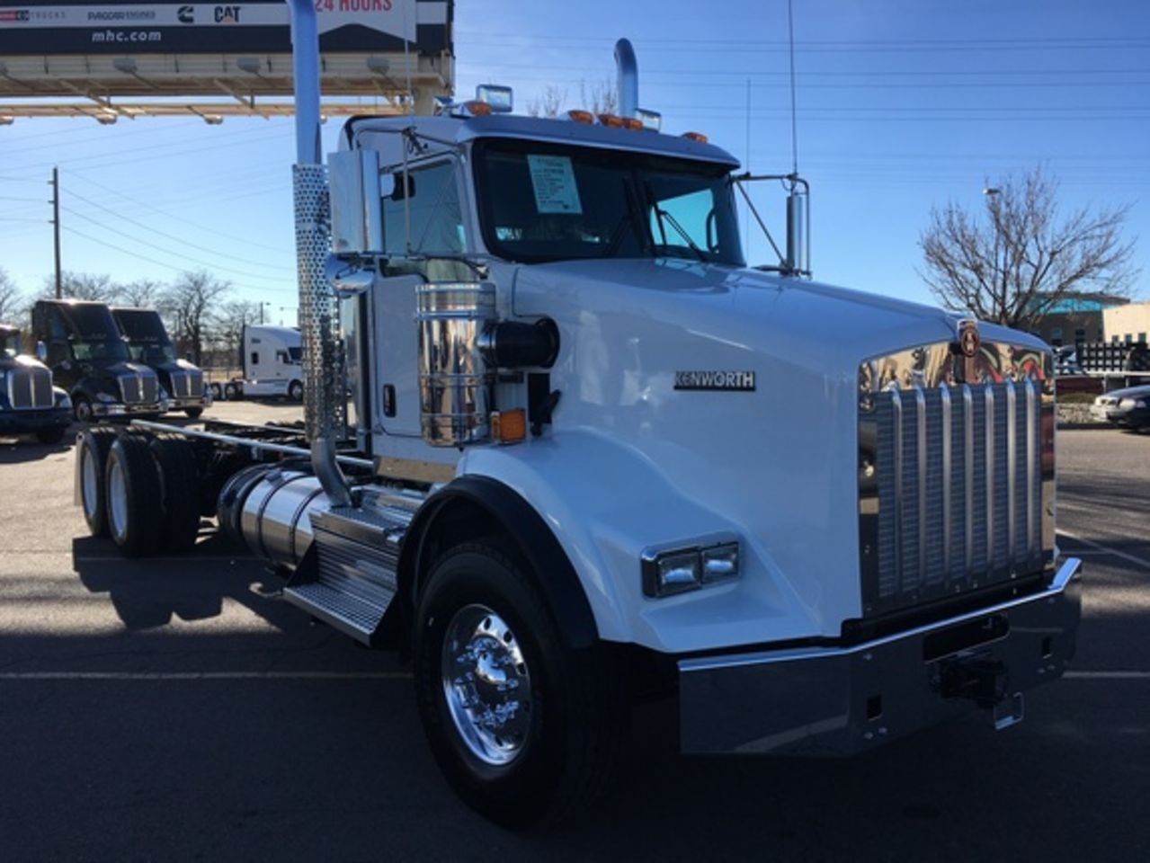hight resolution of 2018 kenworth t800 cab chassis trucks