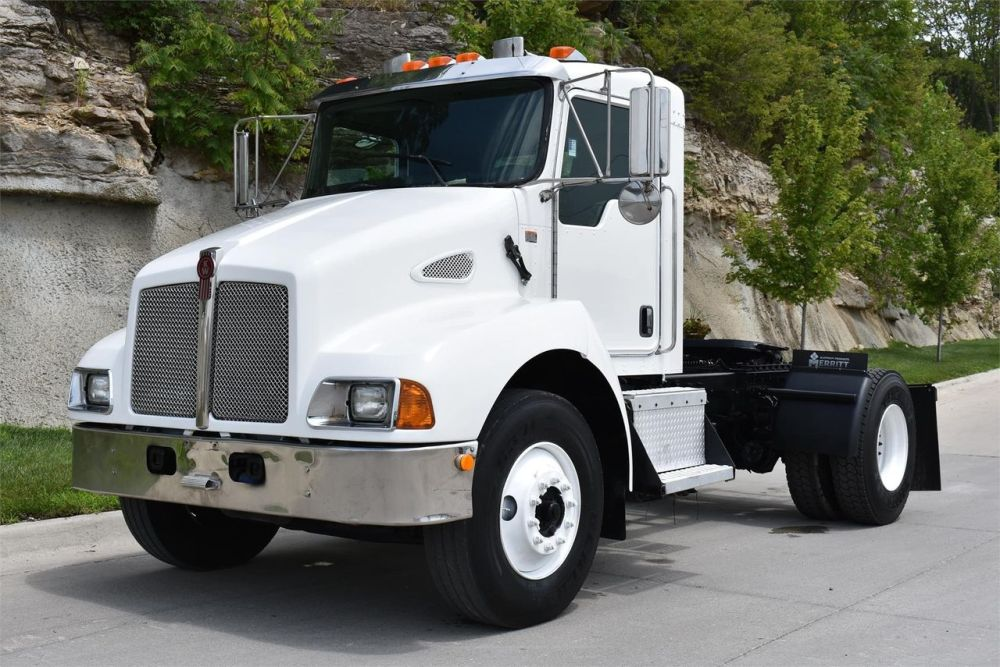 medium resolution of kenworth t300 service parts manual truckmanuals engine cummins isc 8 look up check inventory rear 216 wheelbase some wiring diagram above page