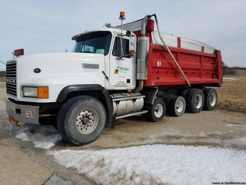 medium resolution of 1998 quad axle mack dump truck