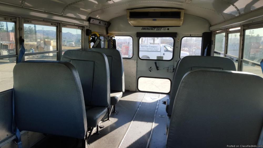 medium resolution of 2001 ford e450 school bus
