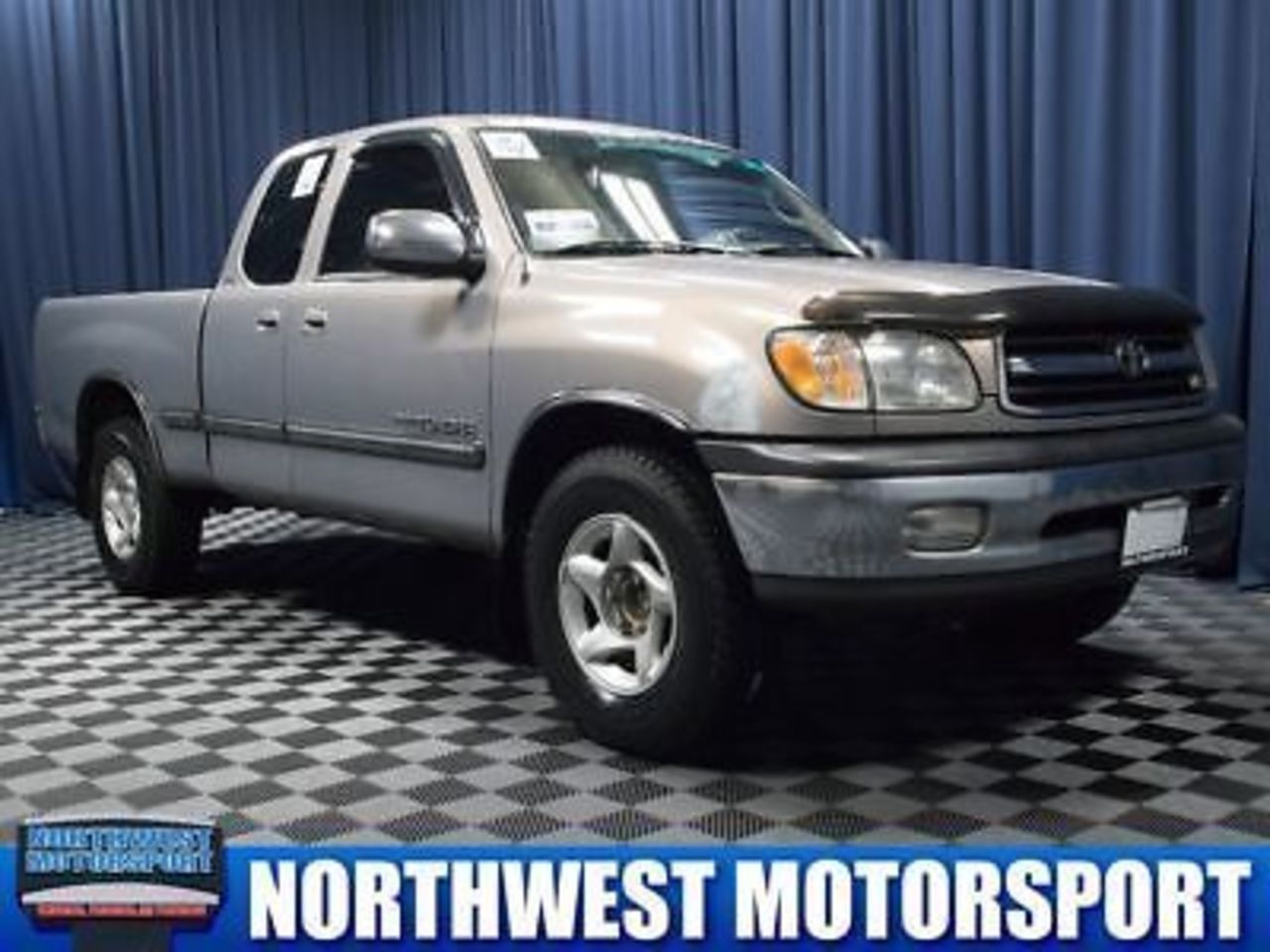 hight resolution of 2000 toyota tundra sr5 with alloy wheels
