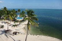 Hotel Florida Postcard Inn Beach Resort & Marina Canusa