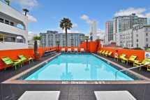 Hotel Kalifornien Americania Canusa