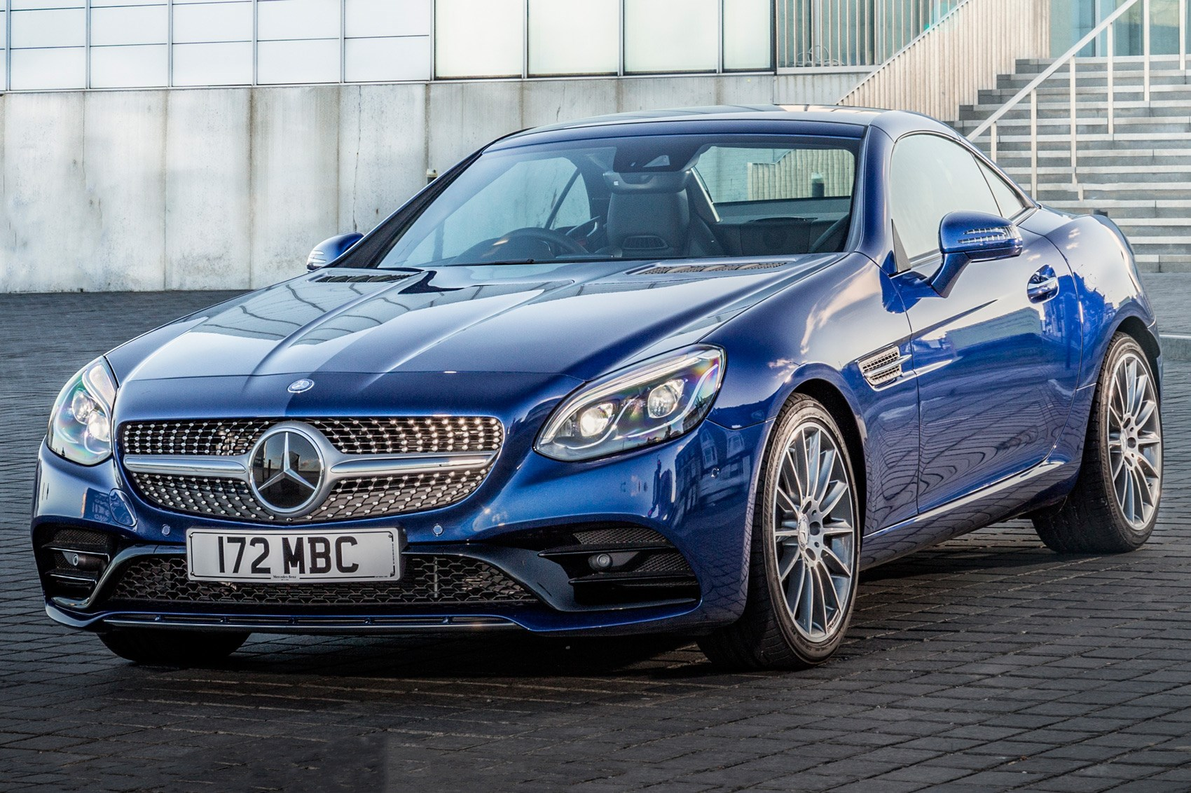 Accessible Convertible New Entrylevel Mercedes Slc 180