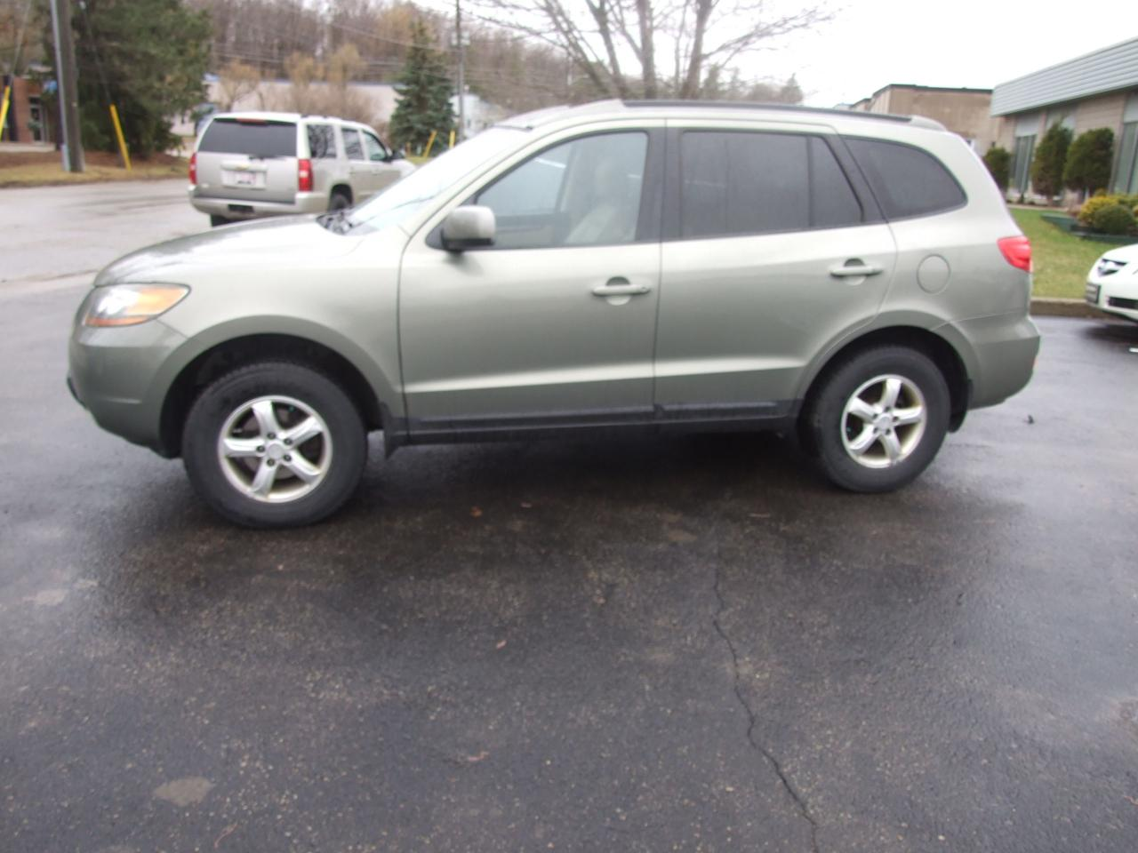 hight resolution of used 2008 hyundai santa fe gls 5 pass for sale in waterloo ontario carpages ca