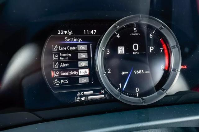 lexus-es-250-awd-f-sport-2021-21-front row - instrument panel - interior-.jpg