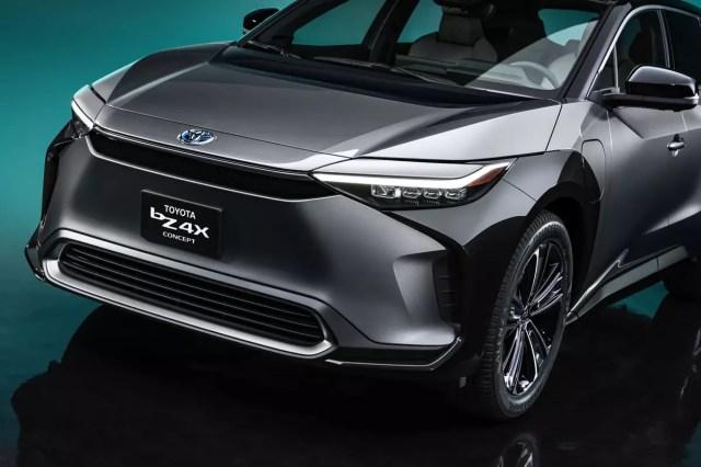 toyota-bz4x-bev-concept-oem-05-exterior - front - gray.jpg