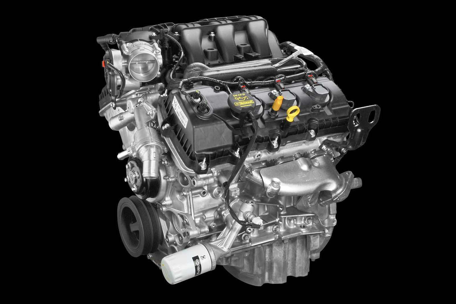 hight resolution of 2011 ford mustang gets new 305hp v6 and optional performance package carscoops