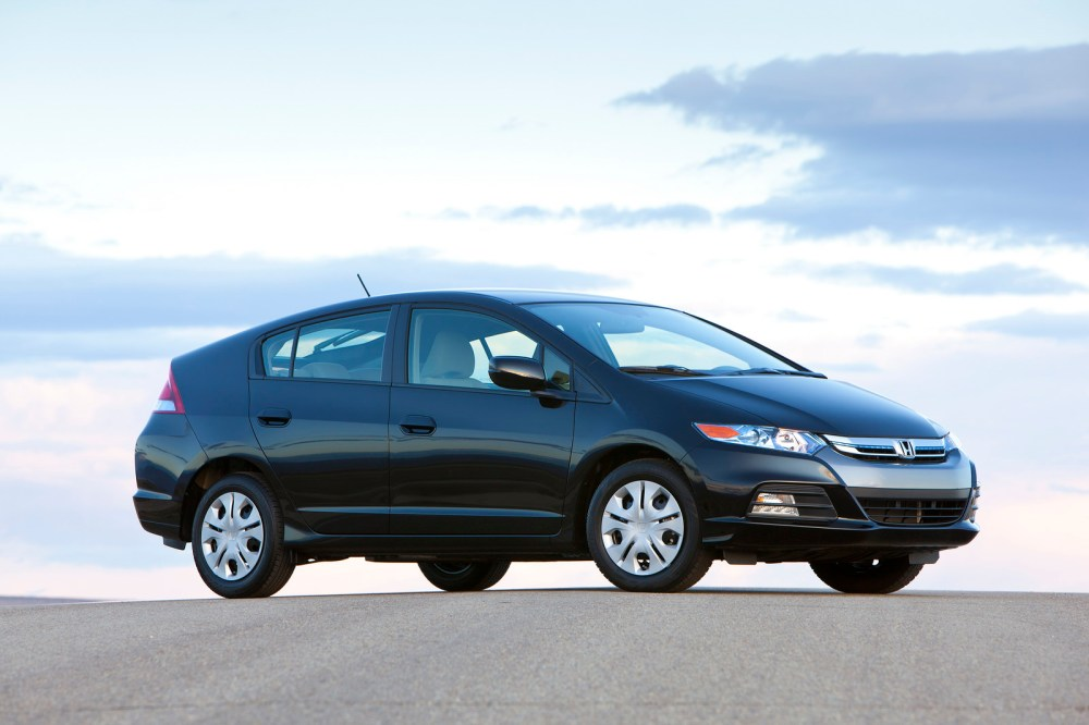medium resolution of honda introduces 2012 insight hybrid with slightly improved fuel economy in the states carscoops