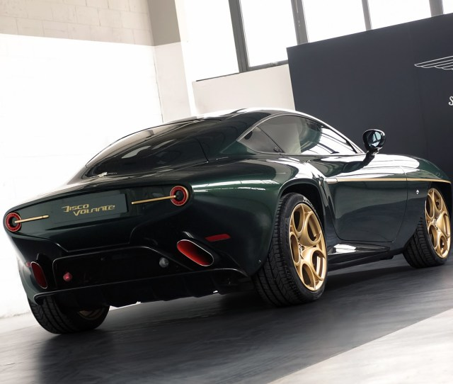 Tourings Breathtaking Alfa Disco Volante Wears Green And Gold For Geneva Plus Top Gear Video